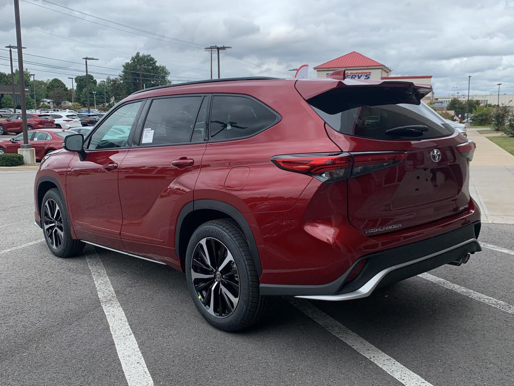 new 2021 toyota highlander xse